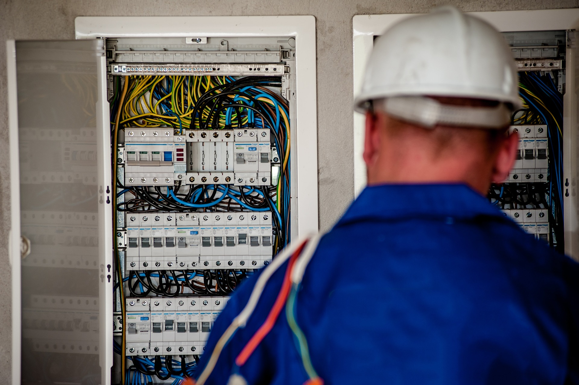 Incendio Por Sobrecarga De La Instalacion Electrica